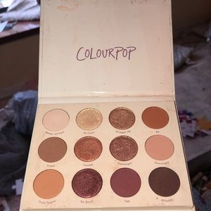 GIVE IT TO ME STRAIGHT eye shadow palette